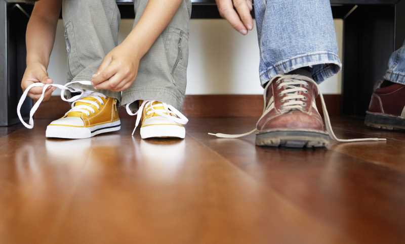 shoestring budget, lacing shoes shoestring
