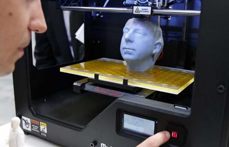 3D-printer-operating
