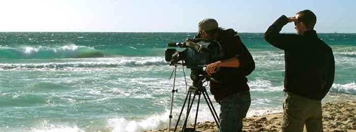 shooting-movie-on-the-beach