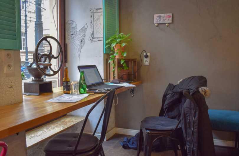 bloggin-from-home