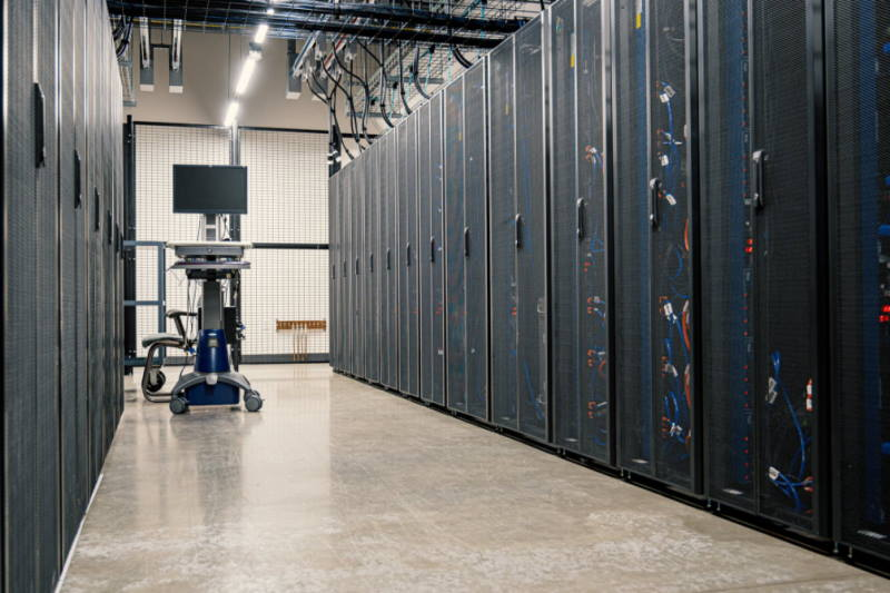 No More Server Downtime: 5 Common Data Center Outages and How to Avoid Them