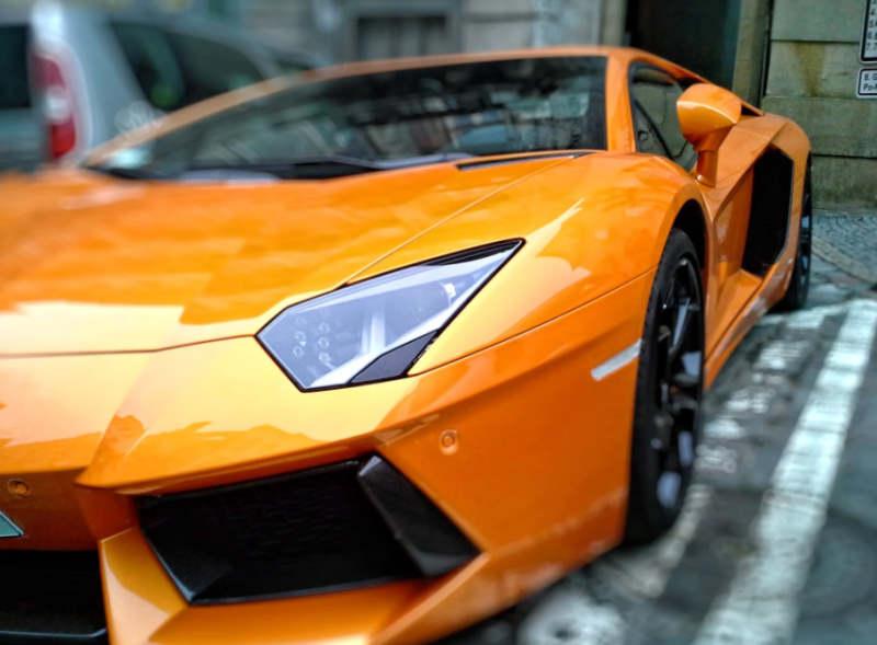lamborghini orange color
